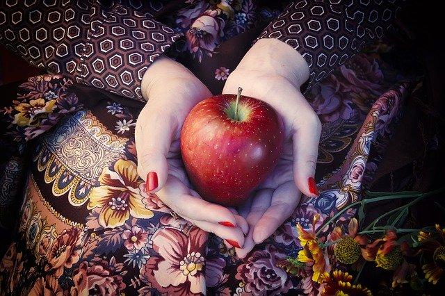 りんご狩り デート 服装